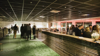 Frame21 - Club Lounge